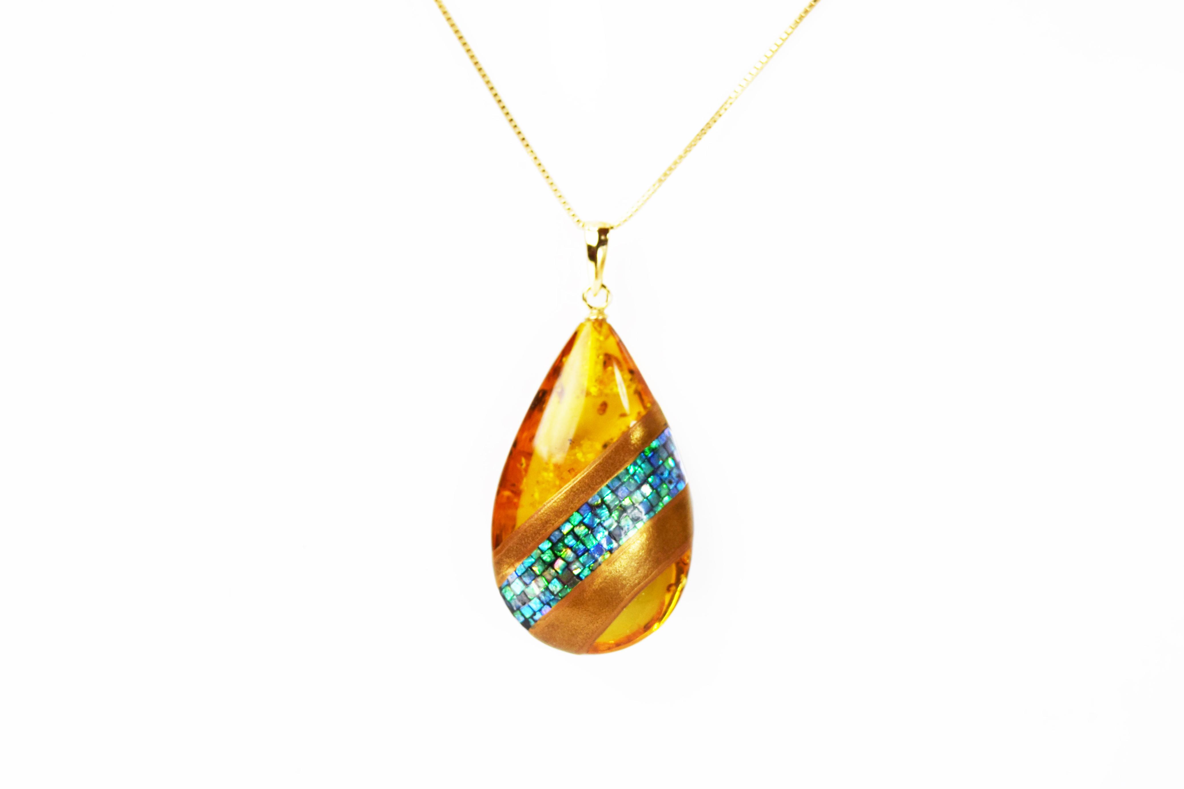 necklace_mamori_amber2