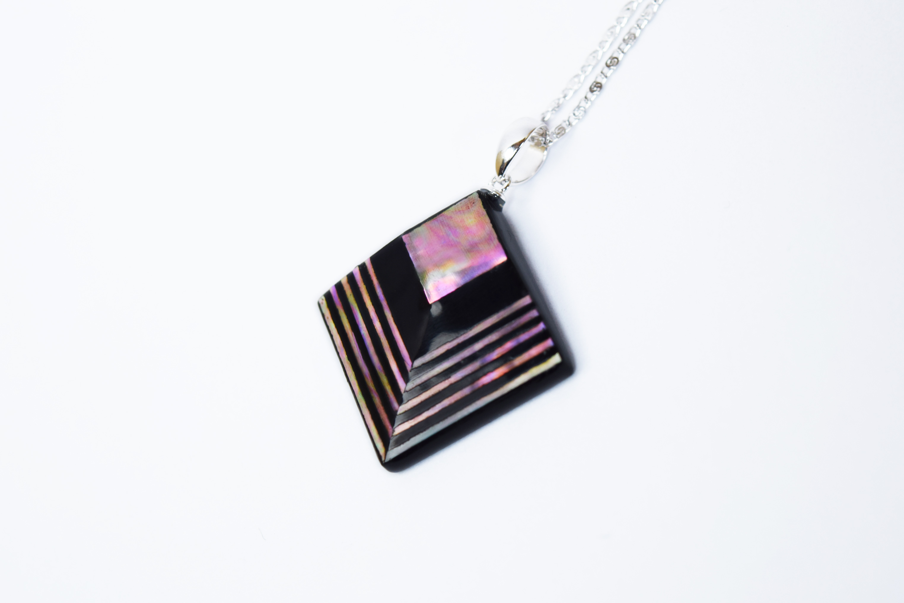 raden_necklace_akari_l_pnk