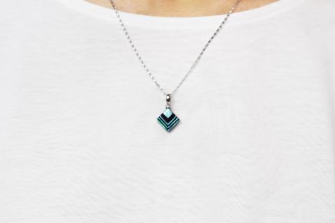 raden_necklace_akari_s_grn