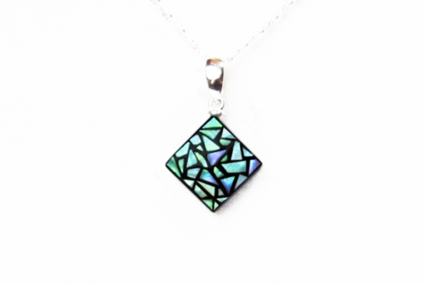 raden_necklace_stainedglass_s_grn