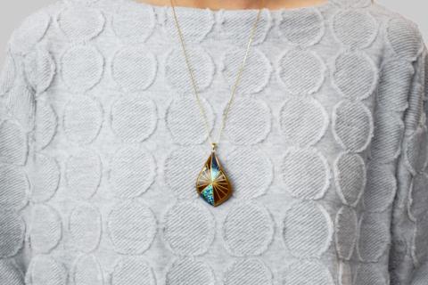 raden_necklace_mamori_amber3