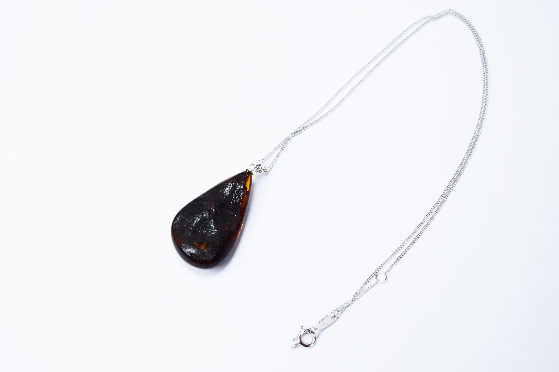 raden_necklace_mamori_amber7