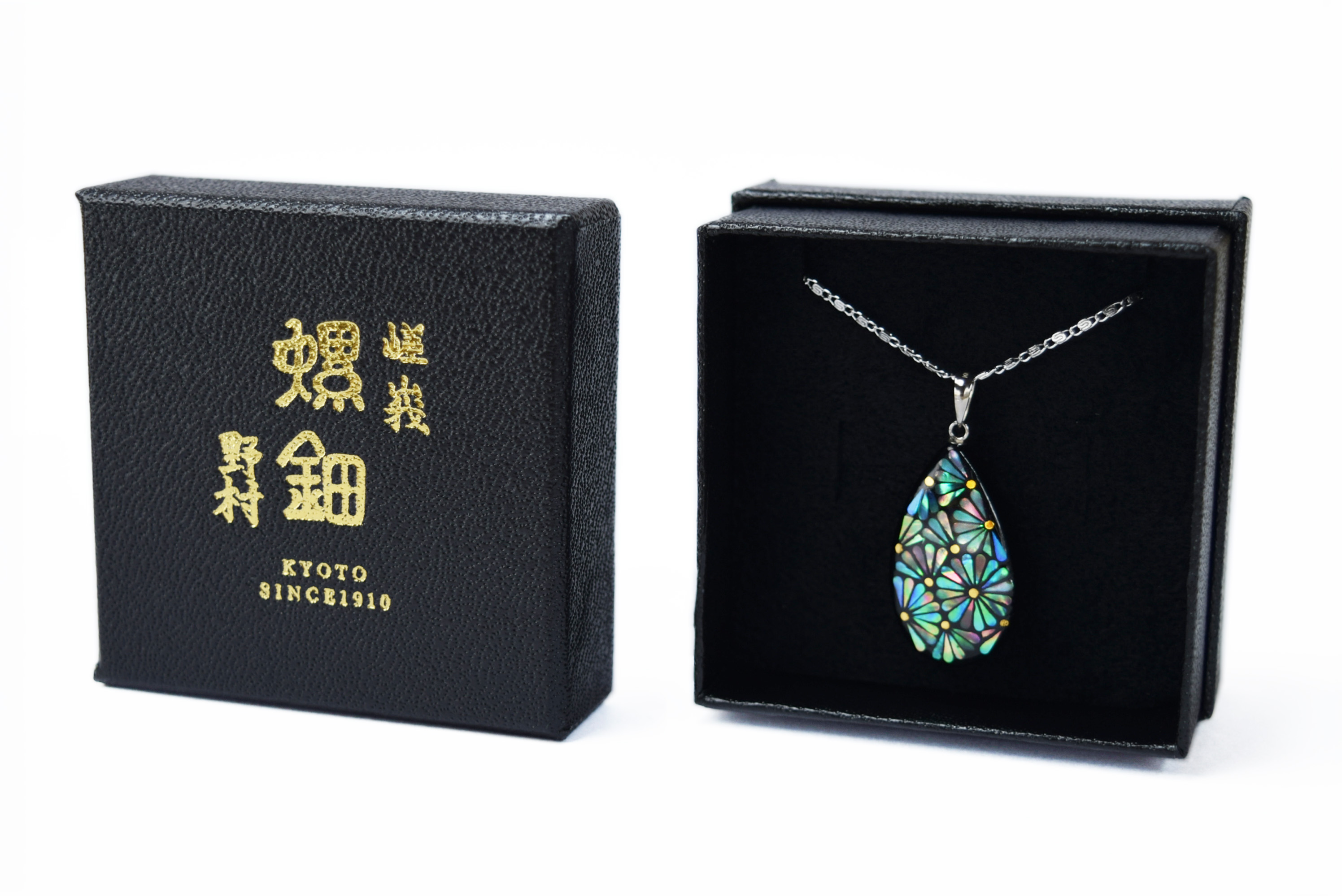 raden_necklace_kiku_s_grn