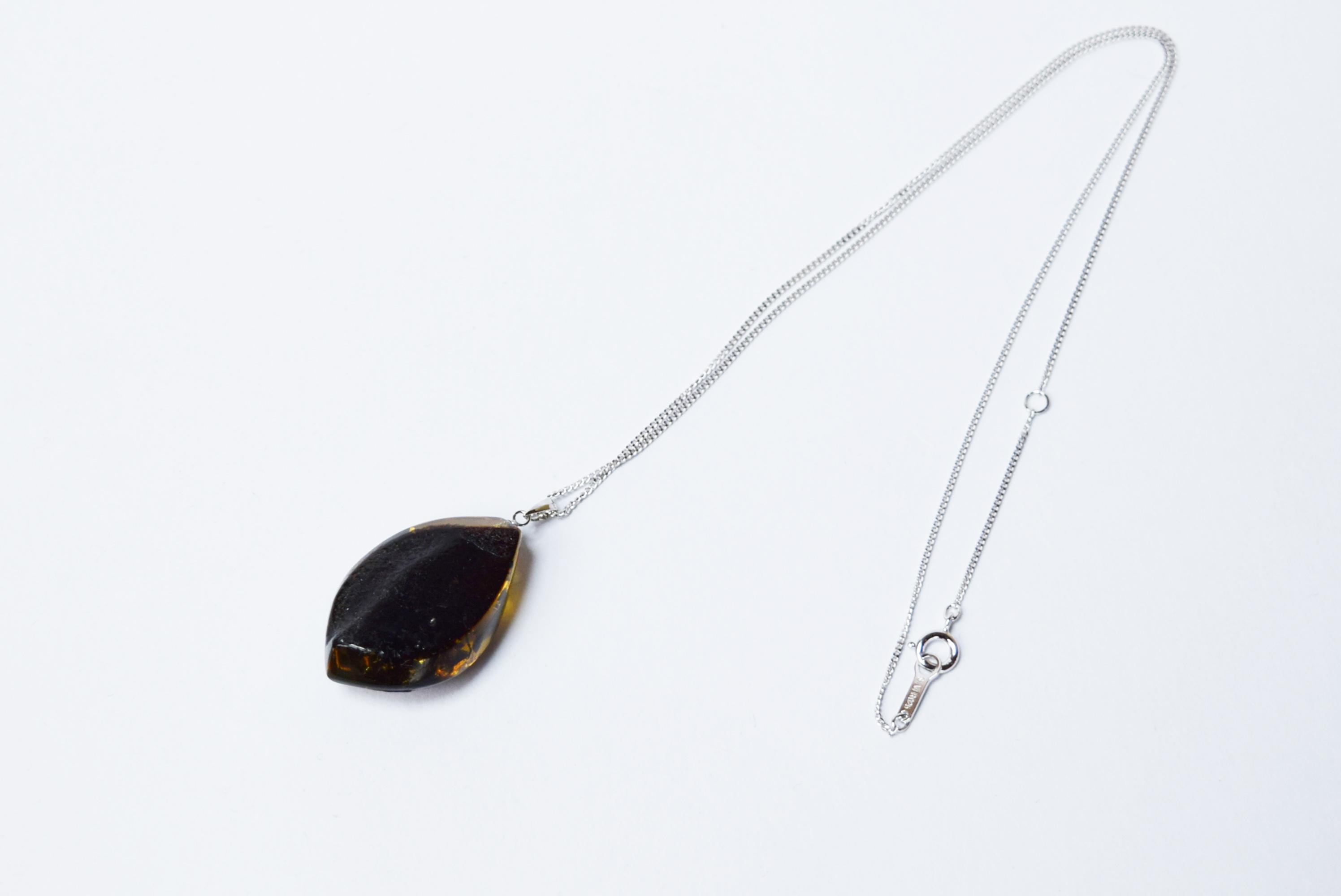raden_necklace_mamori_amber9