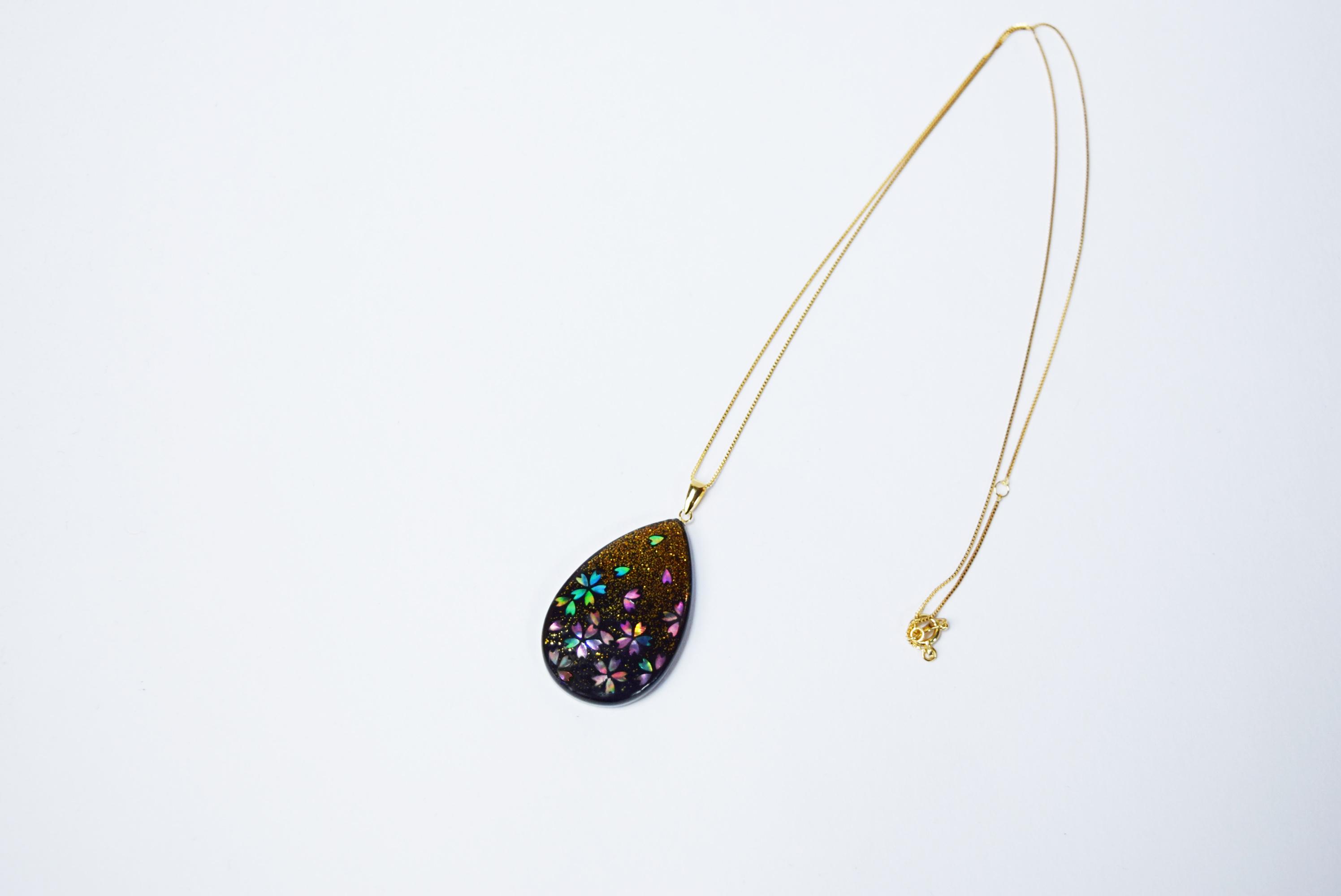 raden_necklace_mamori_sakura_teardrop_mix