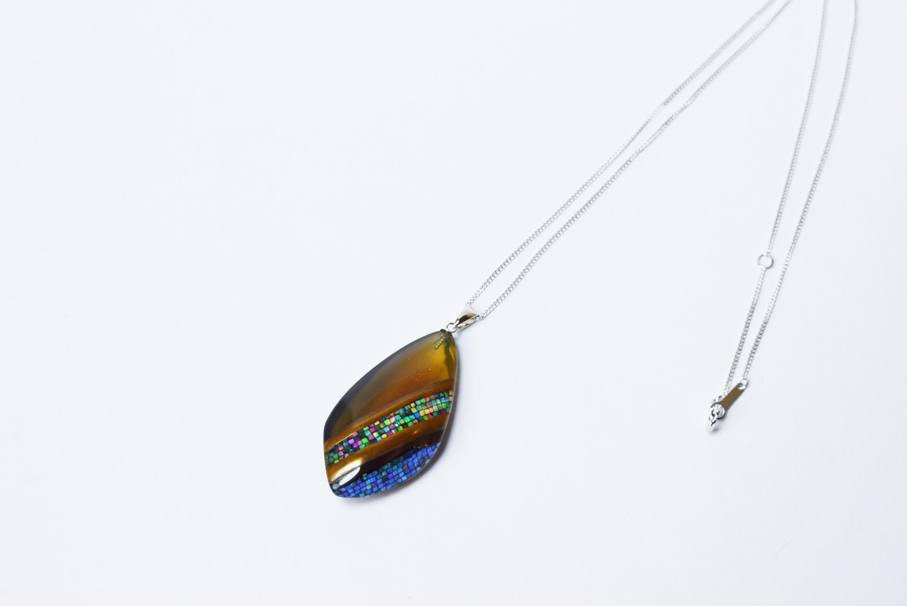 raden_necklace_mamori_amber14