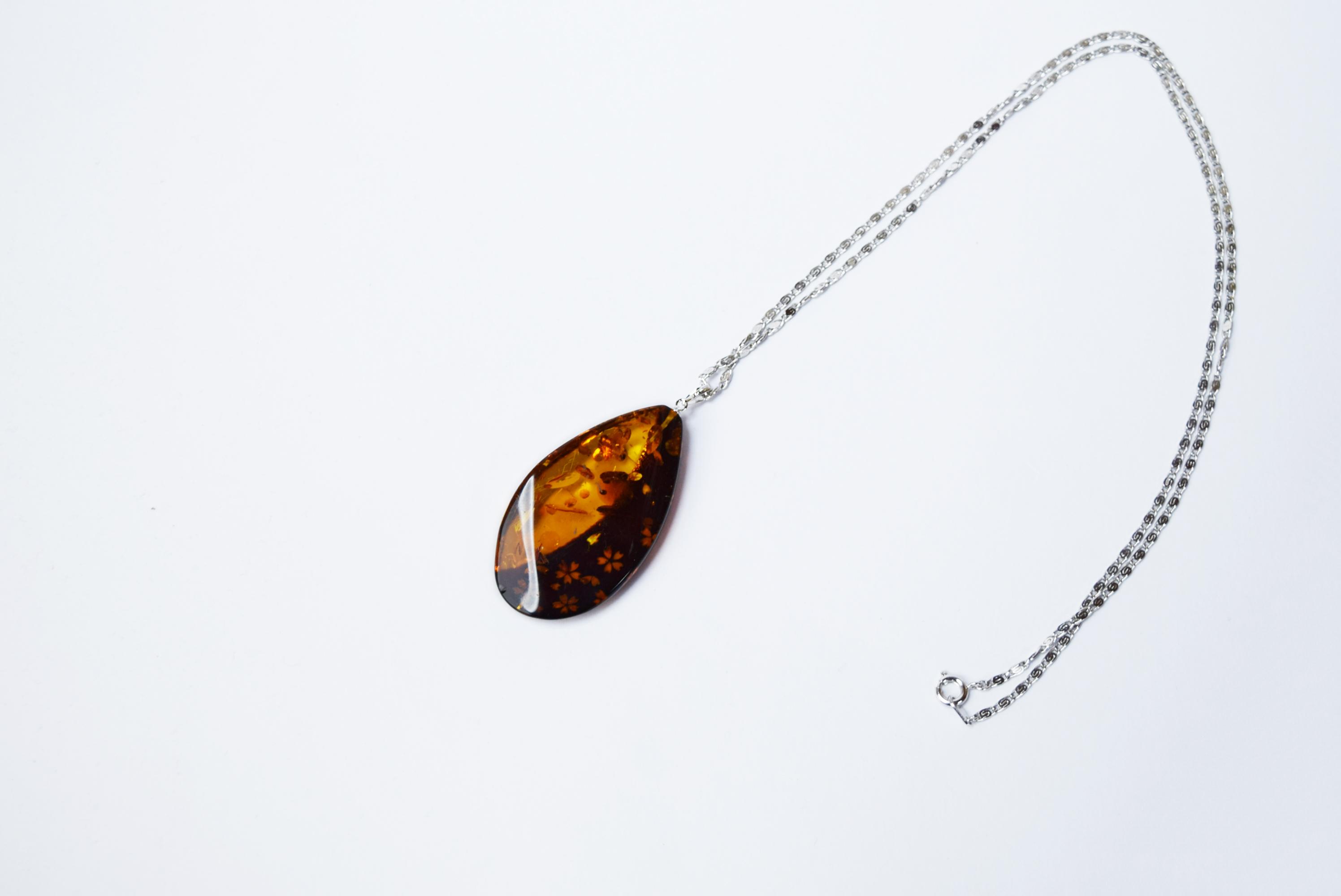 raden_necklace_mamori_amber17