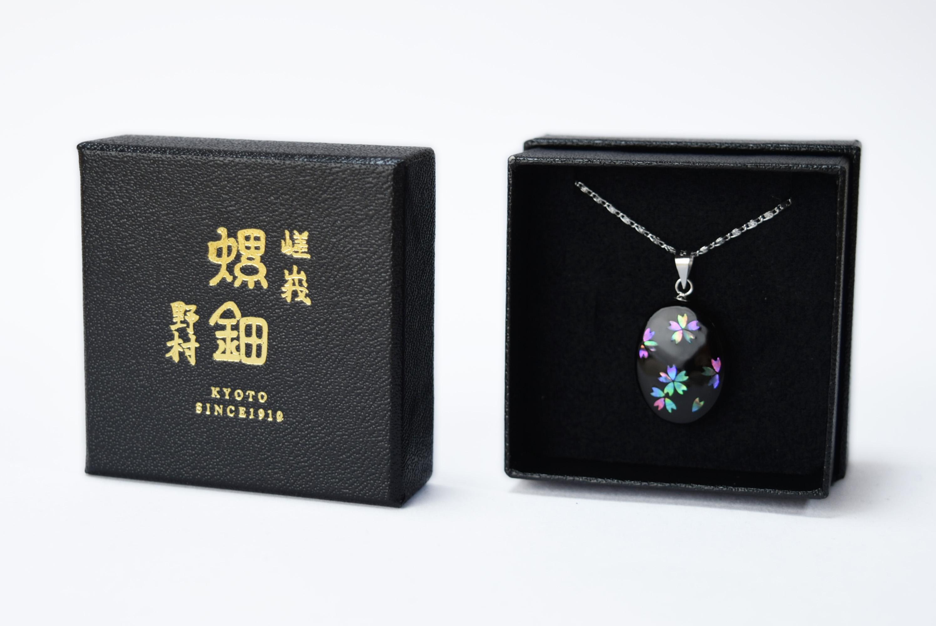 raden_necklace_sakura_ellipse_mix