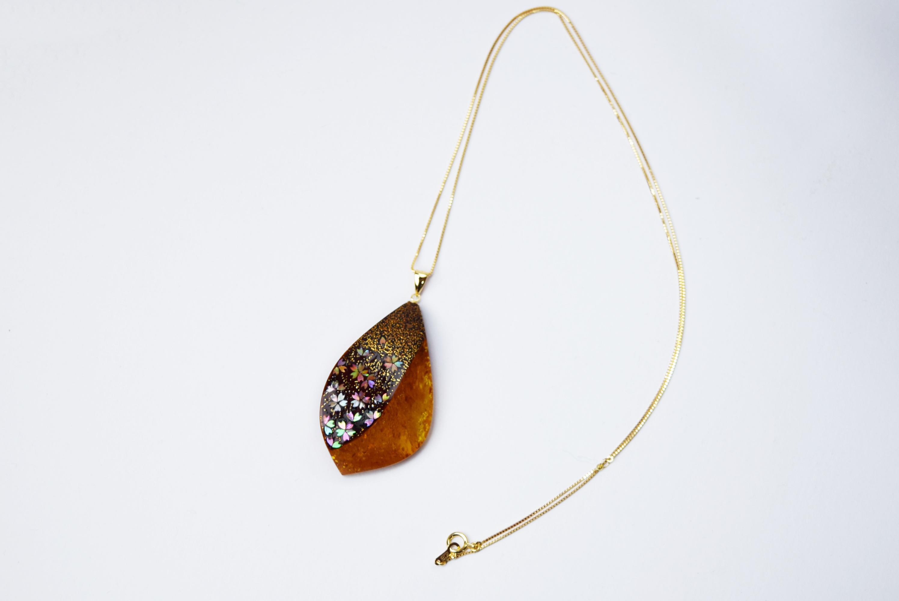 raden_necklace_mamori_amber25
